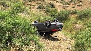 Çanakkale'de takla atan araç şarampole yuvarlandı!