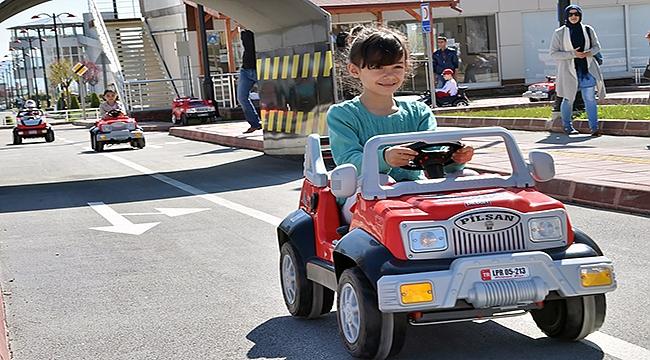 Çanakkale'ye çocuk trafik eğitim pisti!