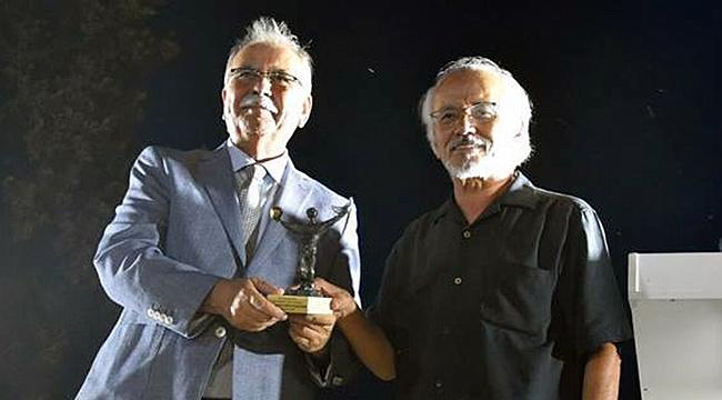 Homeros Bilim Kültür ve Sanat Ödülü Prof. Dr. Haluk Şahin'in