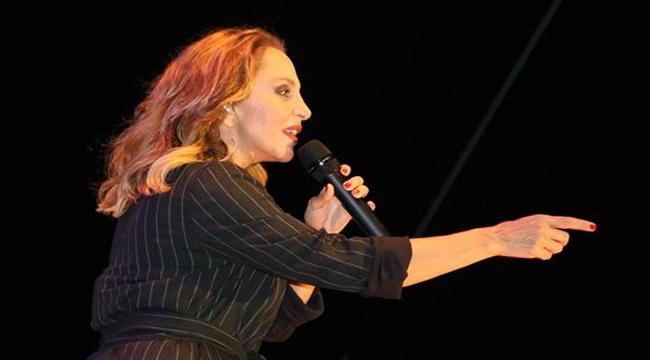 Sertab Erener, Biga'da sahne aldı
