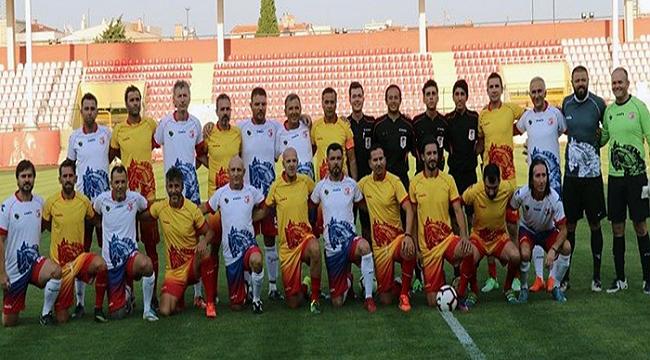 Yıldız futbolcular Troya Yılı için Çanakkale'deydi