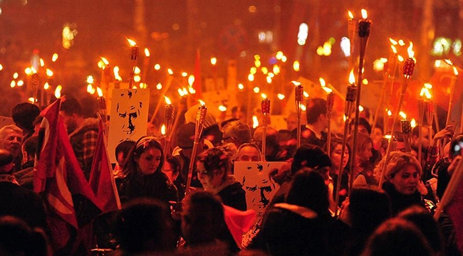 Çanakkale'de Cumhuriyet Bayramı'nda Fener Alayı Düzenlenecek