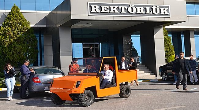 Çanakkale Onsekiz Mart Üniversitesi Öğrencileri Elektrikli Otomobil Üretti