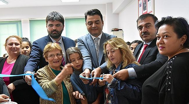 Turgut Reis Ortaokulu'na Bilgisayar Sınıfı