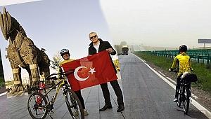 Çin'den Çanakkale'ye bisikletle geldi