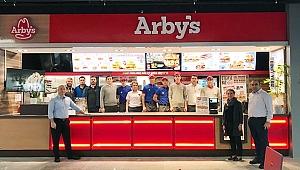 Arby's Çanakkale'de Hizmet Vermeye Başladı