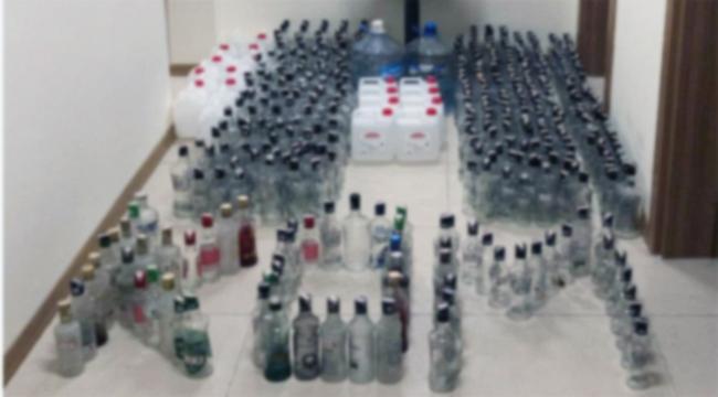 Çanakkale'de 600 şişe sahte rakı ele geçirildi!