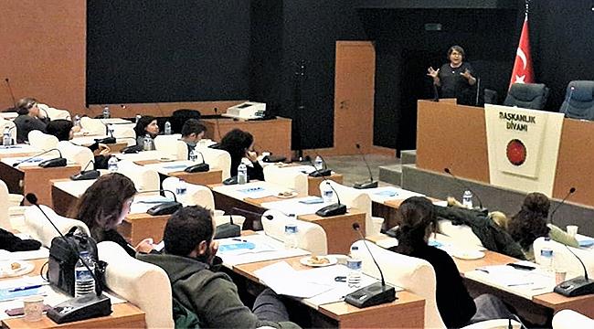 Çanakkale'de özel sektöre dijital pazarlama eğitimi