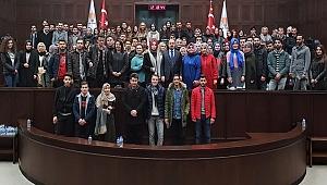 ÇOMÜ Öğrencileri TBMM'yi Ziyaret Etti