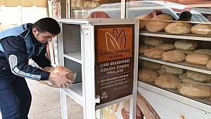 Çan'da askıda ekmek projesi! Her fırının önüne ekmek dolabı