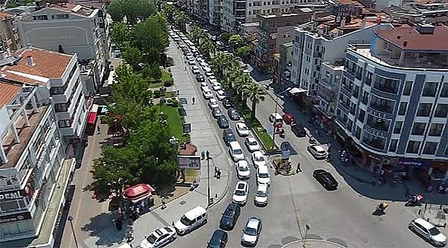 Çanakkale'de araç sayısı artmaya devam ediyor