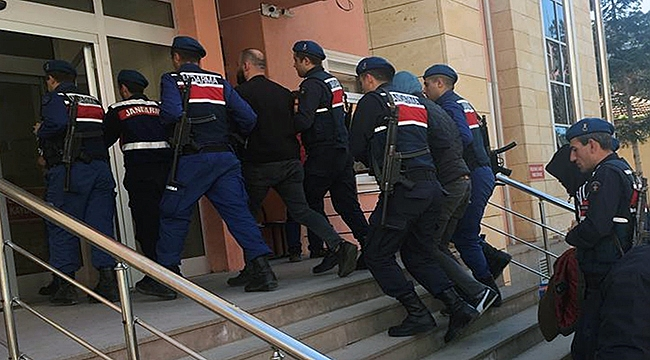 Çanakkale'de silahlı yağmacılara operasyon!