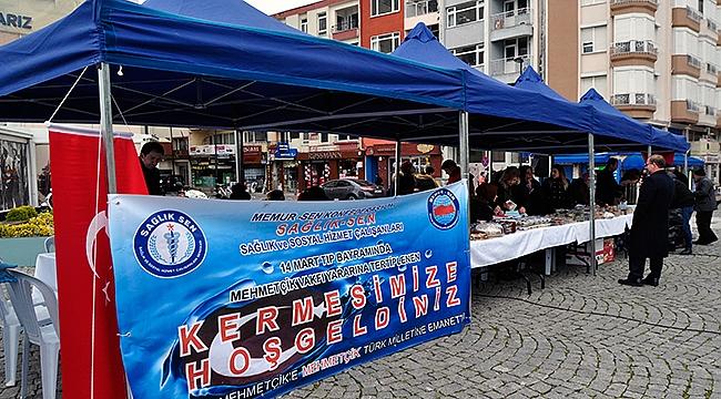 Sağlık çalışanlarından Mehmetçik Vakfı yararına kermes