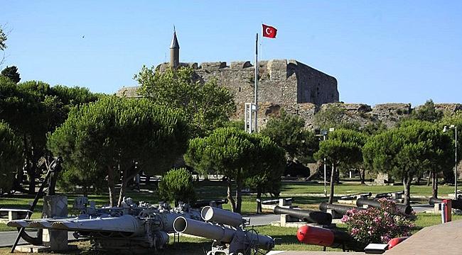 Kale-i Sultaniye  (Çimenlik Kalesi)