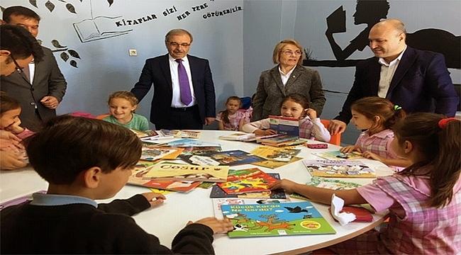 Kitap Arısı, ilk yılında çocuklara 100 bin kitap taşıyacak!