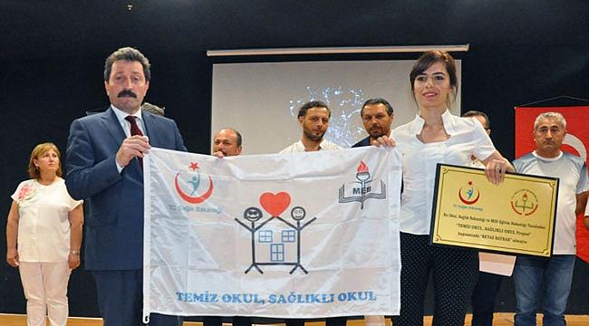 82 okula 'Beyaz Bayrak', 63 okula 'Beslenme Dostu' sertifikası