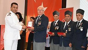 Çanakkale'de Kıbrıs Gazilerine Milli Mücadele Madalyası