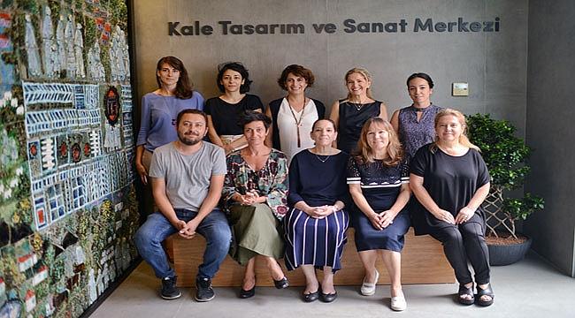 Kale Grubu, İstanbul'daki ilk genel merkezinitasarım ve sanata vakfetti