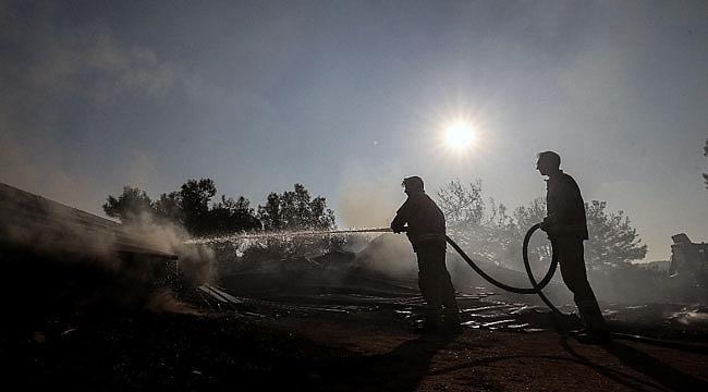 Yangında şehitlik, savaş alanı, siper hattı ve yabancı mezarlık zarar görmedi
