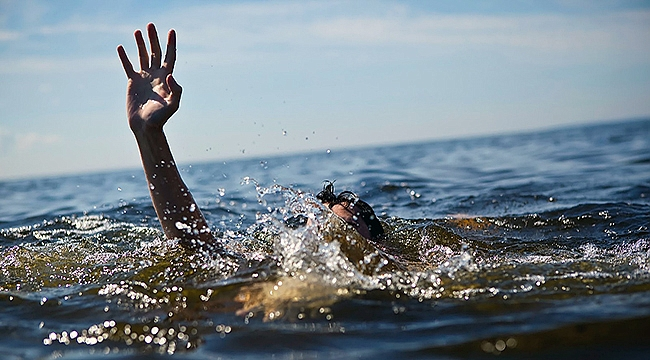 Yaşlı kadın denizde boğuldu