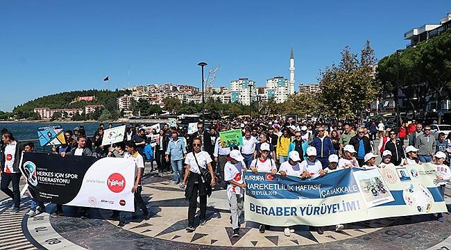 Çanakkale'de yüzlerce kişi sağlık için beraber yürüdü
