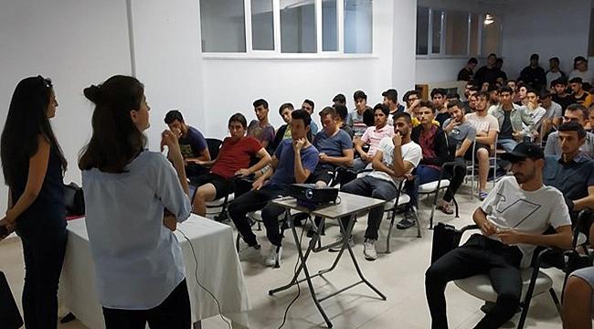 Yurtlarda kalan öğrenciler için uyum programı