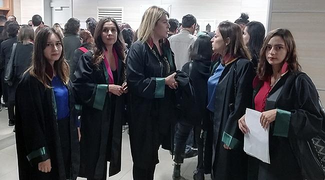 Çanakkale Barosu avukatları Emine Bulut davasına katıldılar