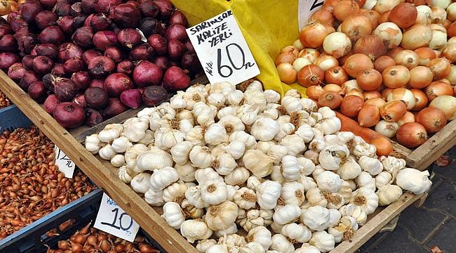 Çanakkale pazarında sarımsak, fiyatıyla zirvedeki yerini korudu