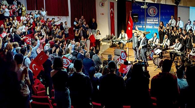 Engelsiz Müzik Korosu konserinin tüm geliri Mehmetçik Vakfı'na bağışlandı