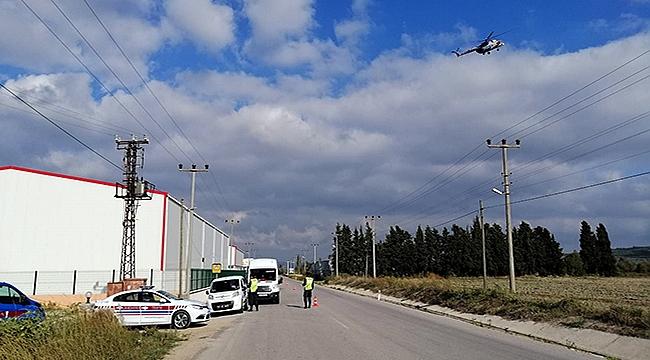 Jandarmadan havadan helikopterle trafik denetimi