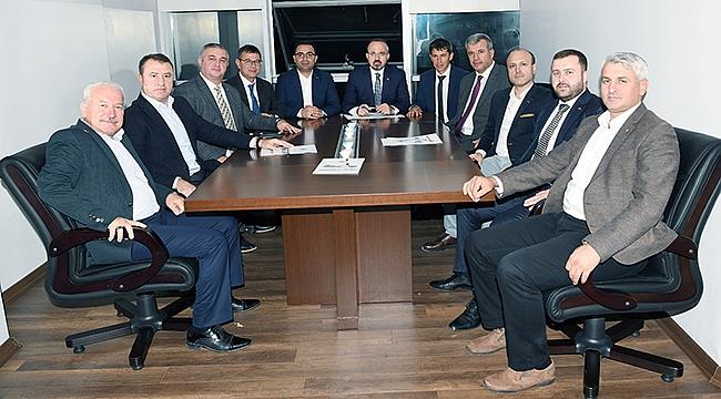 Turan, belediye başkanları ile toplantı yaptı