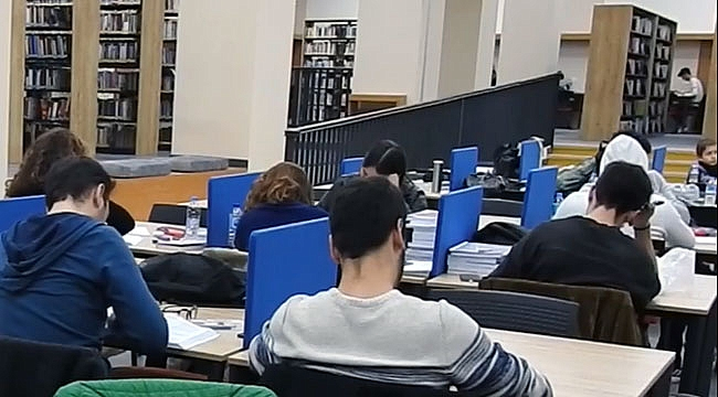 Çanakkale'nin yeni kütüphanesi ilgi görüyor