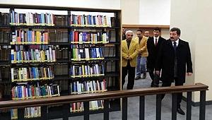 İl Halk Kütüphanesi kapılarını açtı