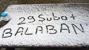 Çanakkale'nin yükseklerinde kar sürprizi!