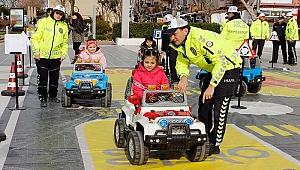 Öğrenciler trafik kurallarını öğrendi