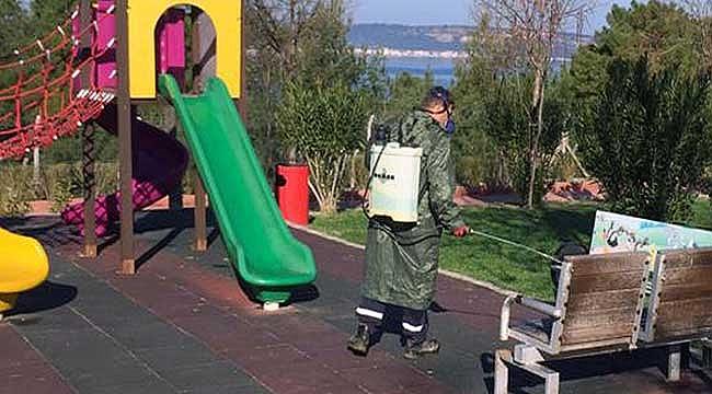 Park ve yeşil alanlar dezenfekte ediliyor