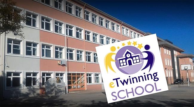 Çanakkale Atatürk İlkokulu 'eTwinning Okulu' Oldu