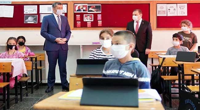 60 bin tablet ihtiyaç sahibi öğrencilere ulaştırıldı