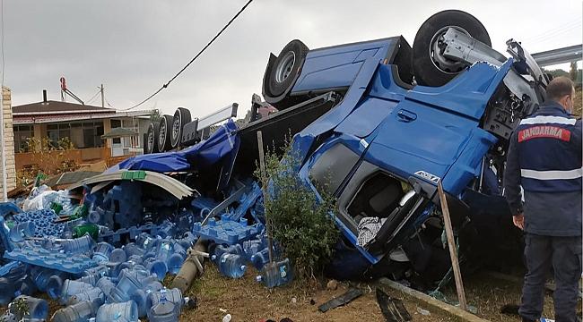 Çanakkale'de feci tır kazası!
