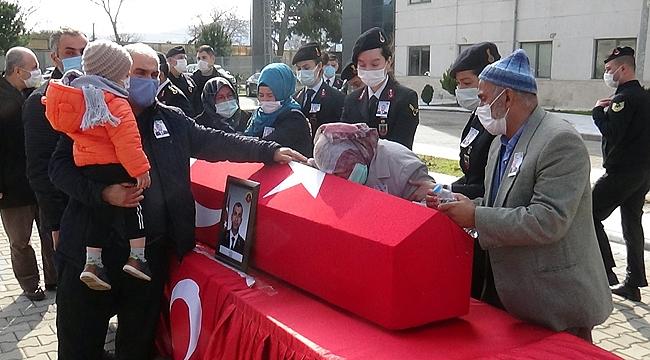 Tekne faciasında hayatını kaybeden Teğmen Bulut, Çanakkale'den törenle uğurlandı