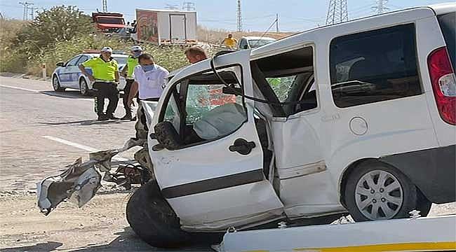 Çanakkale'de kaza 2 ölü 2 yaralı