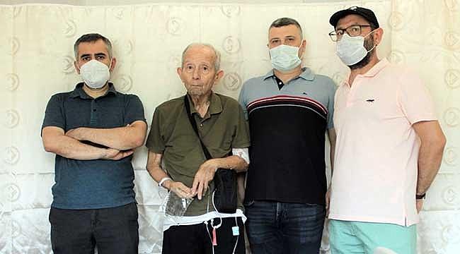 ÇOMÜ Hastanesinde mide operasyonlu hastaya jel levodopa tedavisi