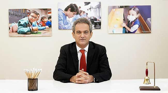 Millî Eğitim Bakanı Özer, Öğretmenlere Seslendi