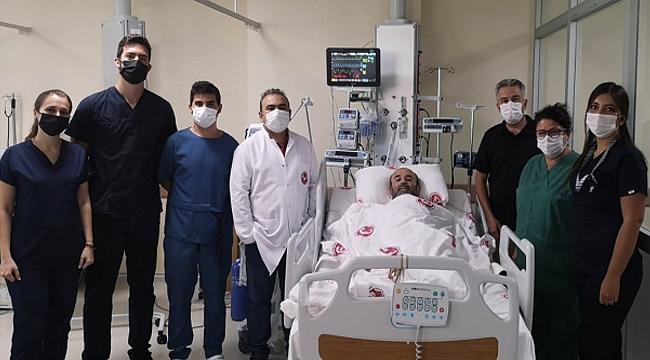 Çanakkale'de Yedi Kalp Damarına Koroner By-Pass Ameliyatı Yapıldı